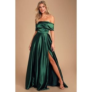 Forest green satin maxi dress new M Lulus